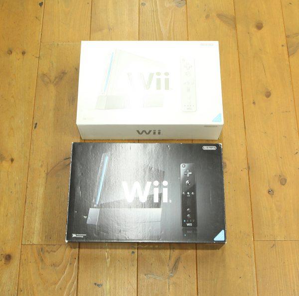 任天堂 wiiの箱付ホワイトとブラックを買取査定しました!